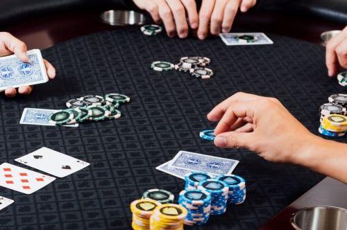 ポーカーで勝つ人たちの考え方