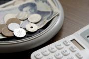 借入額と返済回数で毎月の返済額をシミュレーション