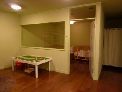授乳室兼おむつ替えスペース